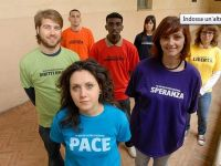 Cento giovani per la pace